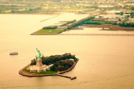 cityshrinker_00_newyork