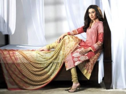 Karishma Kapoor Pics (9)