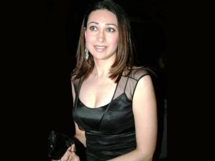 Karishma Kapoor Pics (10)