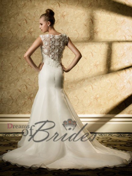 Gracefull Lace Top Overlayed Mermaid Wedding Dress