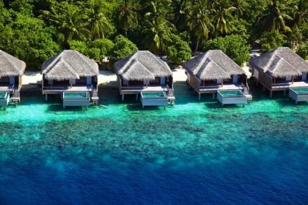 Dusit Thani Maldives03 650x433 Dusit Thani Maldives Resort in Baa Atoll